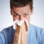 Beim Naseschnäuzen gilt: ja nicht zu viel Druck anwenden. ©underdogstudios/Fotolia